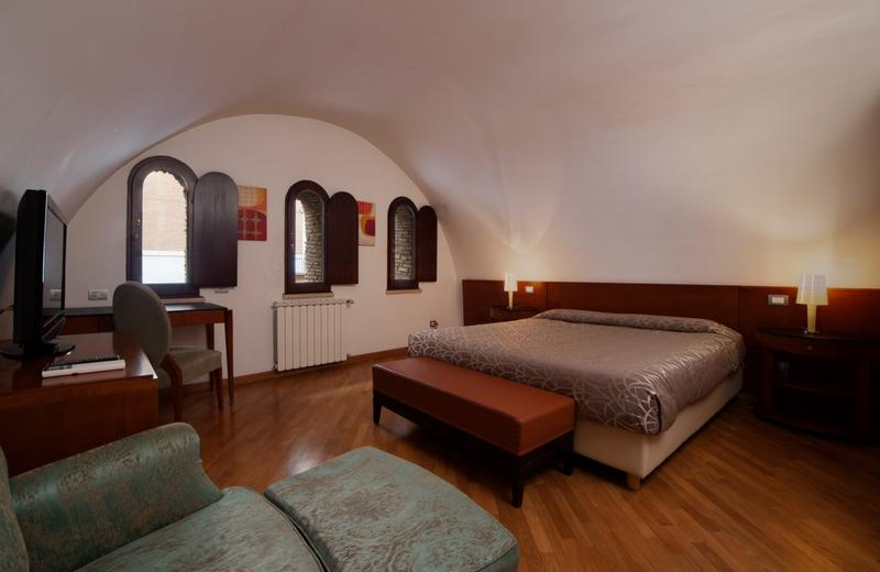 St. Peter Six Rooms & Suites | Roma | Discover our Passetto Suites!